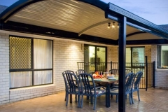 04-curved-patio-verandah-stratco