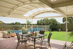 06-curved-patio-verandah-stratco