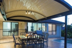 07-curved-patio-verandah-stratco